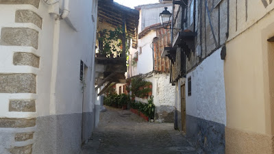 bonita calle de la juderia de hervas