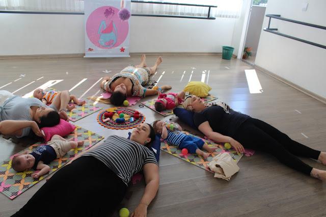 dança com bebê, Dança Materna em Bh, dança materna, dançando com bebês, Nasceu uma Mãe, Minhas 24 Horas,