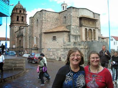 Convento Santo Domingo, Templo Koricancha, Cusco, Perú, La vuelta al mundo de Asun y Ricardo, round the world, mundoporlibre.com
