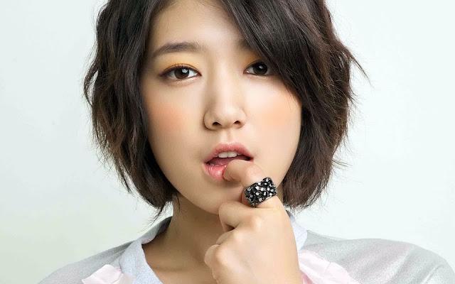 Model Cantik Korea Park Shin Hye