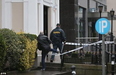 Regency Hotel + DETECTIVES