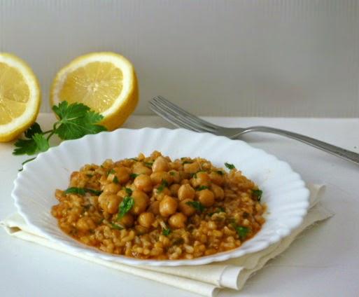 piatto vegan: riso integrale con ceci