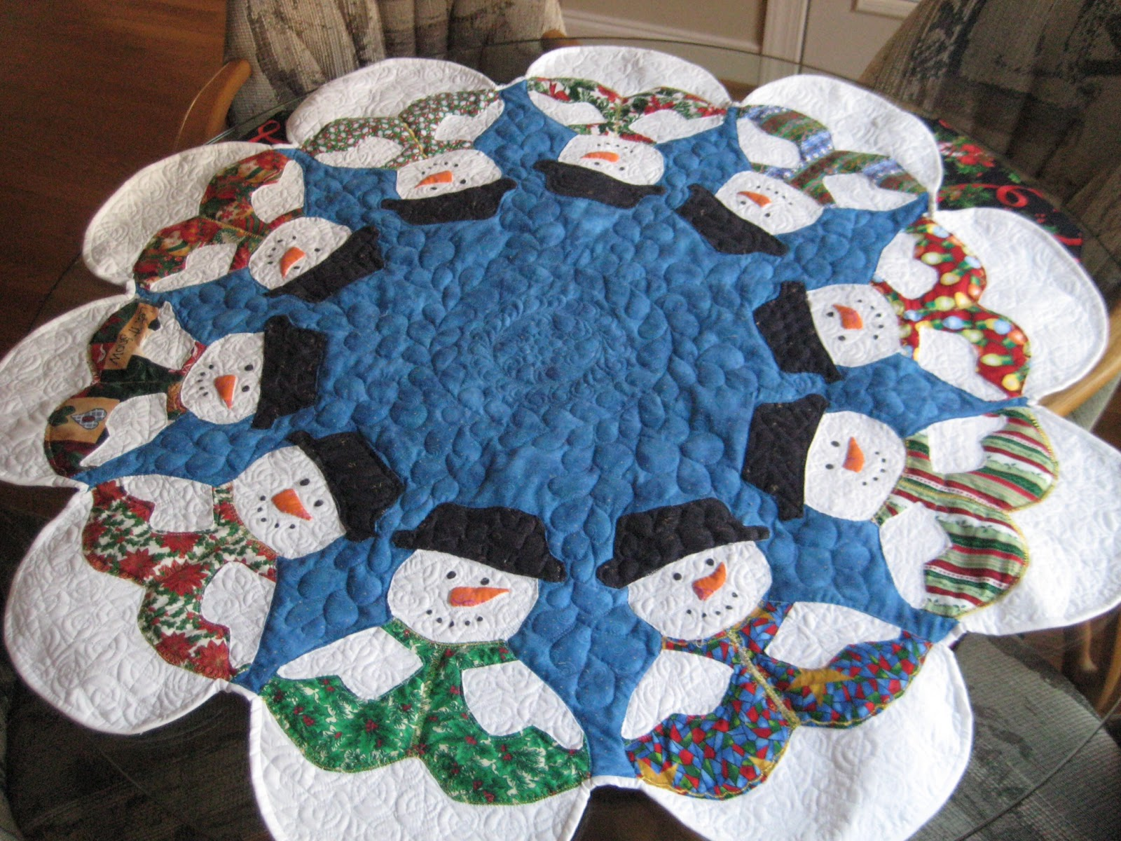 Mary Manson Quilts: Christmas Table Toppers
