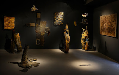 installation textile, art avec laisse de mer