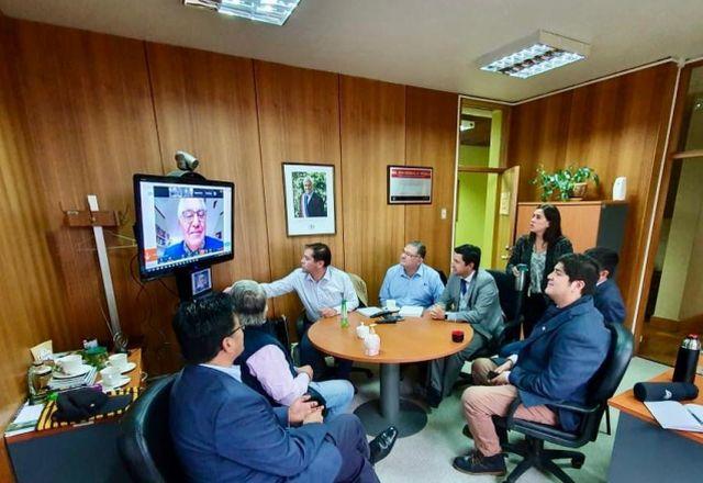 Cierre de parques nacionales y coordinación con plantas de proceso agrícola