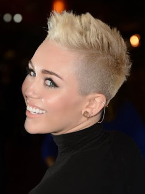 Corte De Pelo Cresta Mujer Peinados De Moda - Cresta-pelo