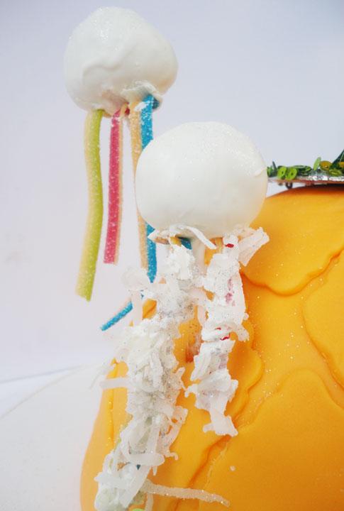 Jellyfish Cake Pops