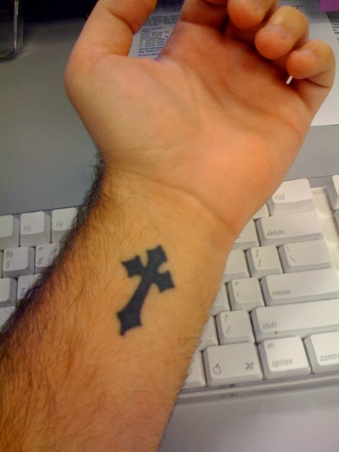 simple hand tattoos for guys