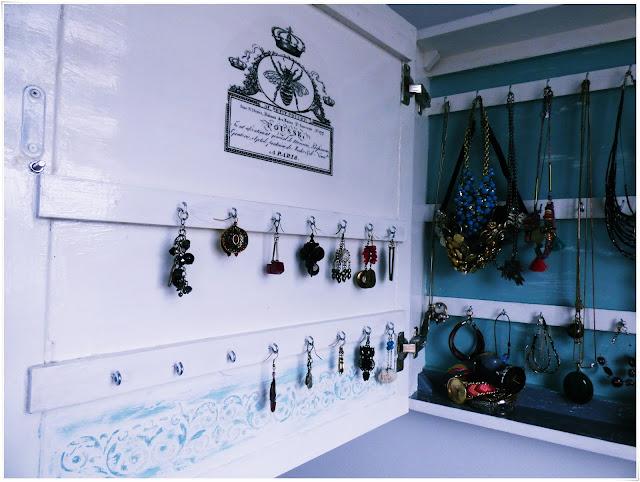 DIY: przechowywanie biżuterii