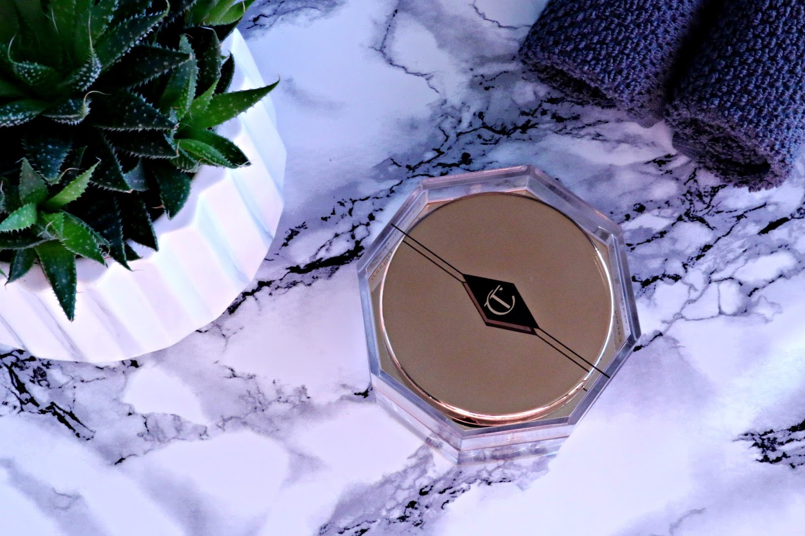 I would suggest that the Charlotte Tilbury Magic Cream should only be used  during the daytime as it includes sun protection which isn't needed at  night and ...
