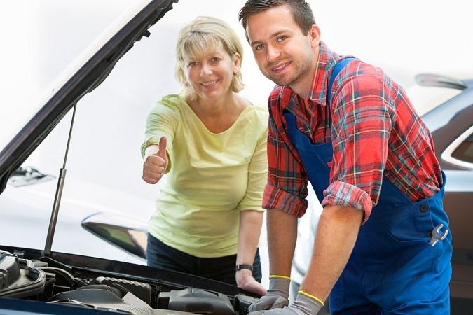Expert Car Mechanic