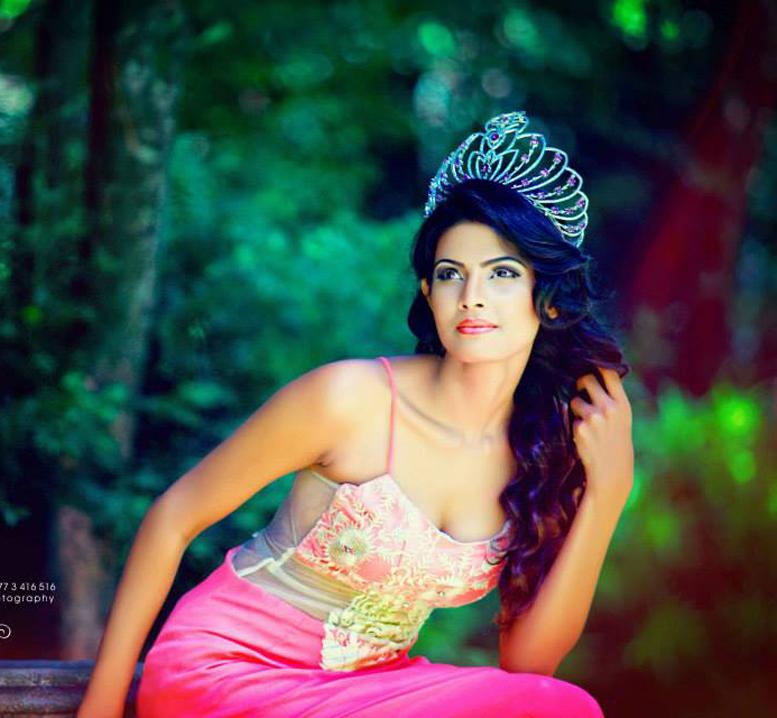 Dulani Anuradha New photo shoot | Sri Lankan Actress and