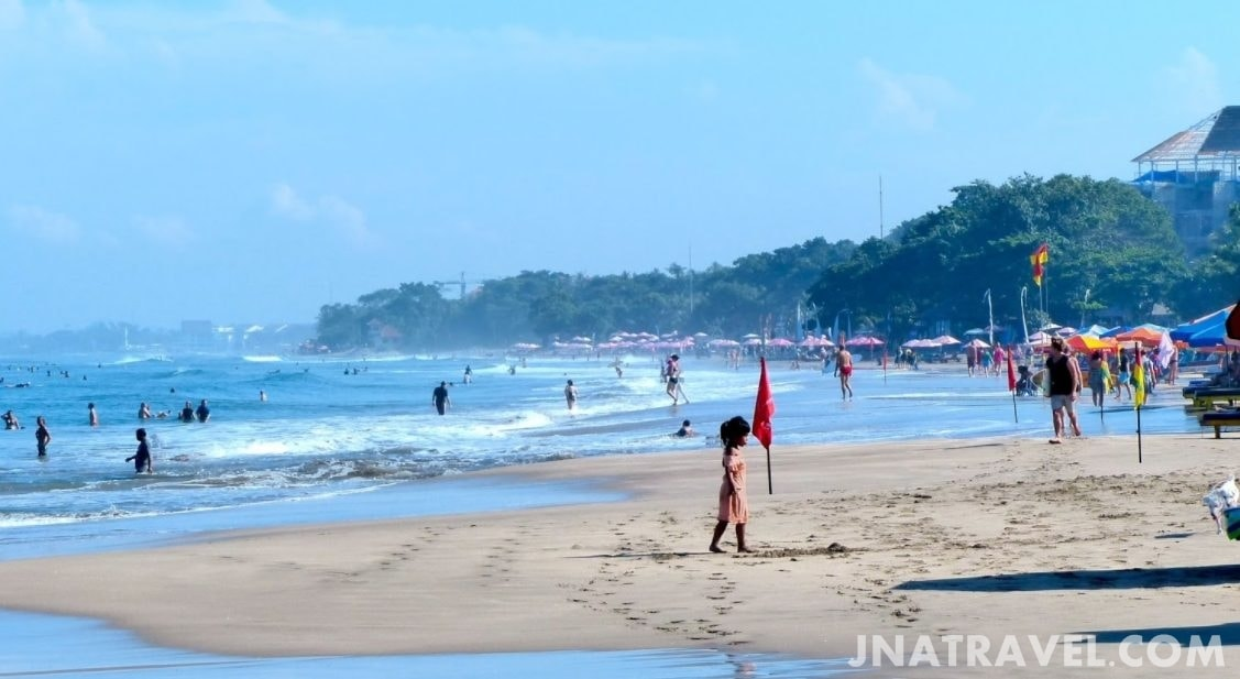 Deretan Pantai Kuta Bali