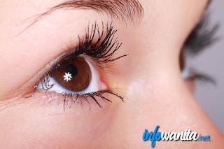 Trik Make Up Untuk Menghasilkan Mata yang Lebih Besar