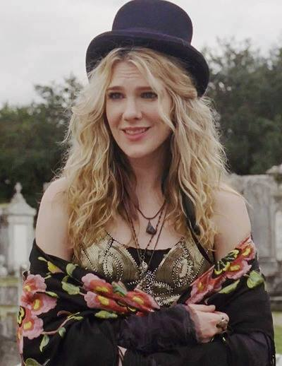 Lily Rabe husband, american horror story, movies and tv shows, feet, ahs, hotel, pregnant, ahs hotel, movies, hamish linklater, aileen wuornos, hotel, coven, hot