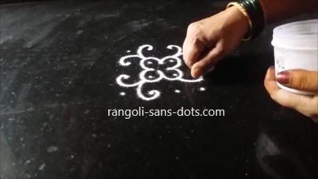 four-dot-rongoli-1af.png