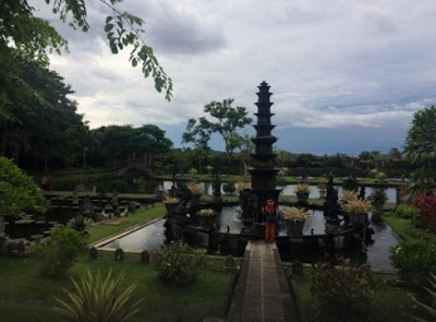 Wisata Bersejarah, Taman Tirta Gangga