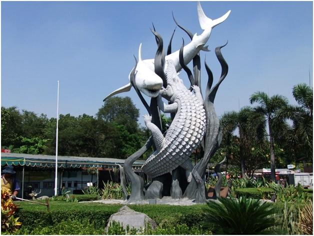 Ikon Kota Surabaya, Jelajah Wisata Berbujet Ekonomis di Surabaya