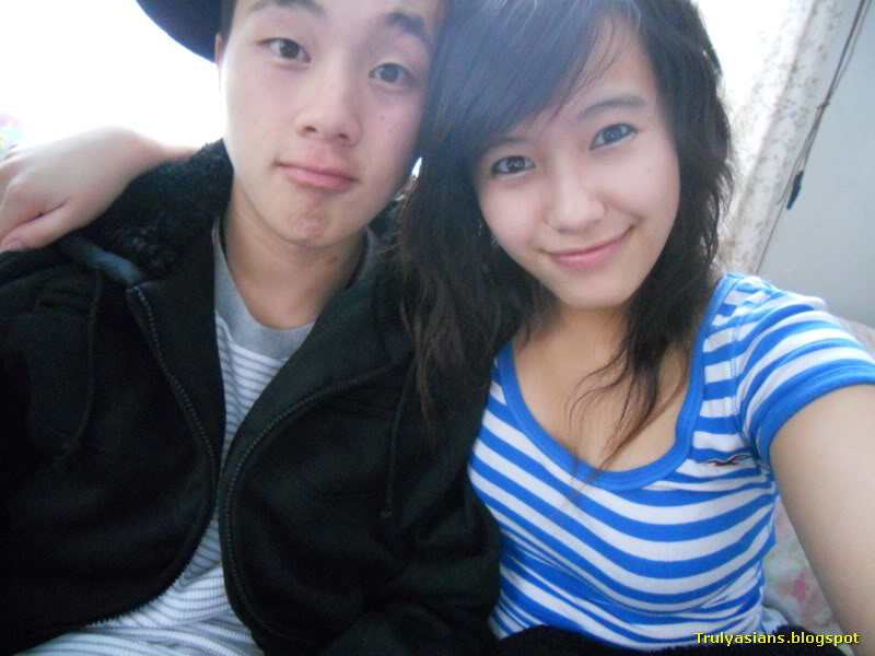 Viet nam young couple 4