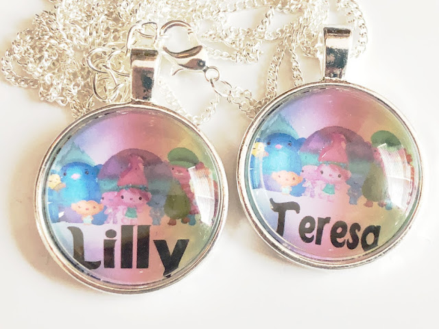 Squad Goals Trolls Party Favor Necklaces