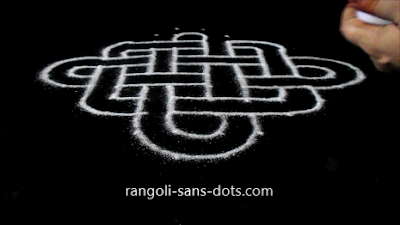 line-kolam-with-dots-23an.jpg