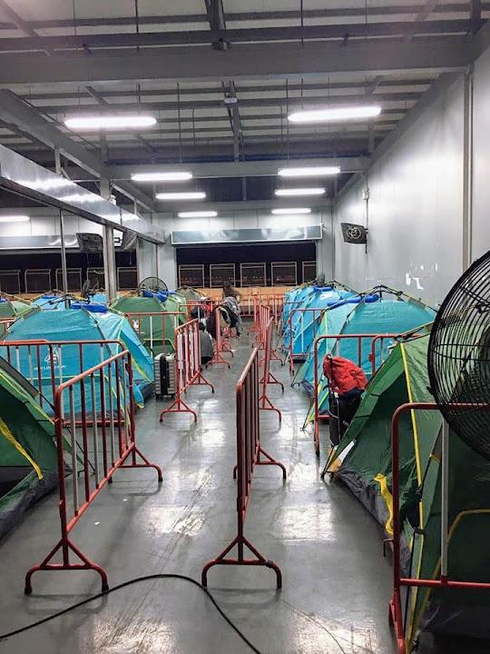 Находящиеся на карантине в Таиланде жалуются на ужасные условия содержания