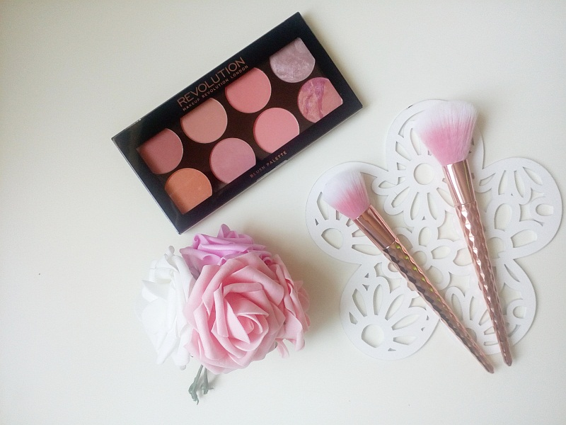 Makeup Revolution. Ultra Blush and Contour Palette, recenzja.