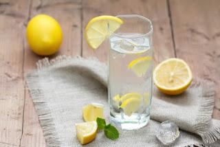 Вода и лимон
