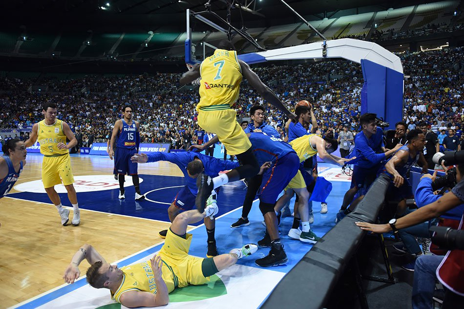 Bench-clearing-brawl erupts as Australia Boomers edge Gilas Pilipinas