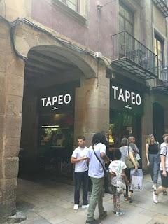 Tapeo-Born-exterior