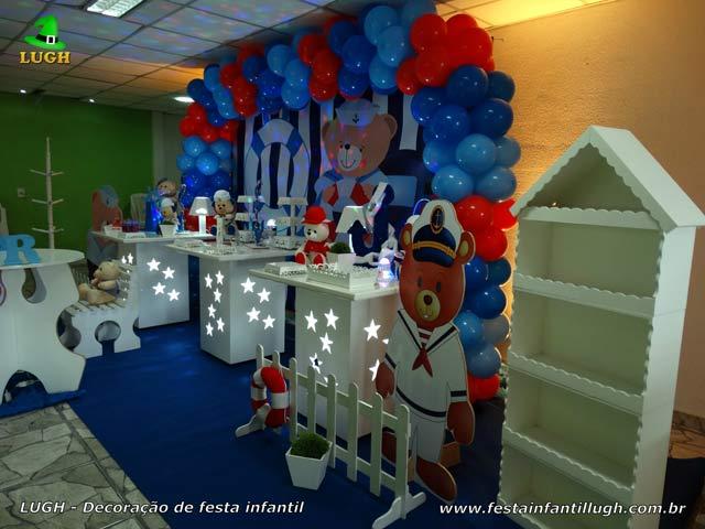 Mesa decorada para aniversário tema Ursinho Marinheiro - Festa infantil