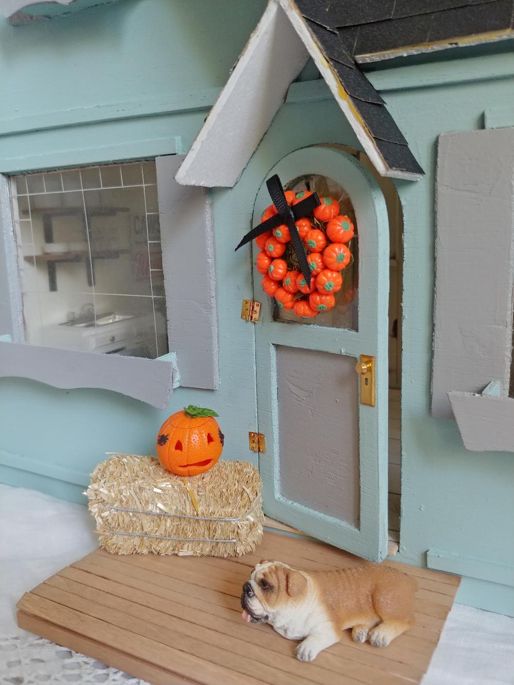 dollhouse miniatures for fall