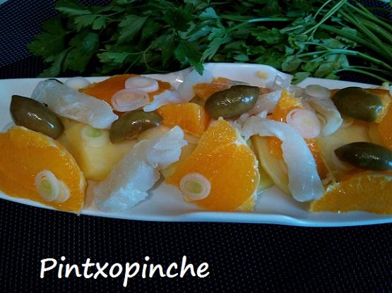 naranjas, babalao, ceboleta, patatas, ensalada, sin gluten, aceitunas