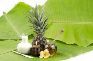 Masque naturel à l'ananas pour réduire les rides sous les yeux