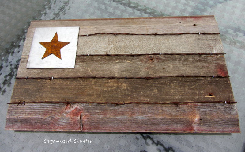A Rustic Re-claimed Wood Flag www.organizedclutterqueen.blogspot.com