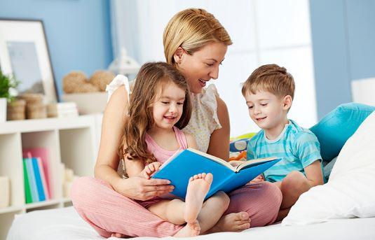 4 Kebiasaan Positif Yang Bisa Diajarkan Kepada Anak Sebelum Tidur