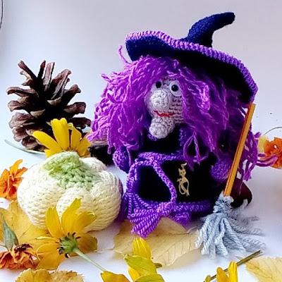 Вязаная ведьма игрушка крючком