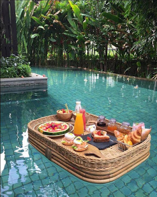 Floating breakfast in the pool