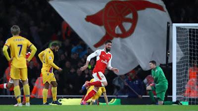 Arsenal mengawali tahun 2017 dengan meraih kemenangan.