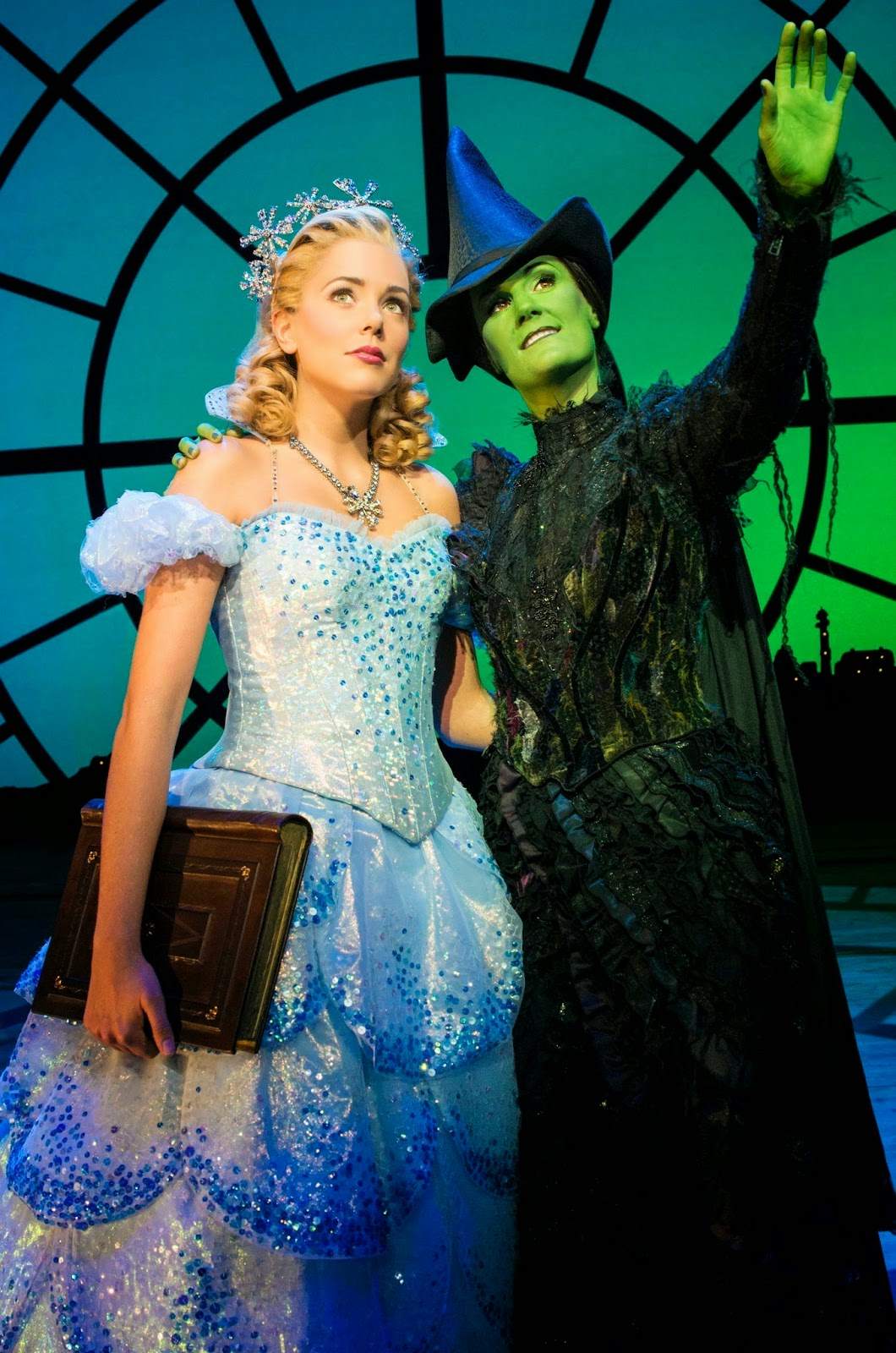 wicked live theatre review Buy wicked (touring) tickets from the official ticketmastercom site find wicked (touring) schedule, reviews and photos.