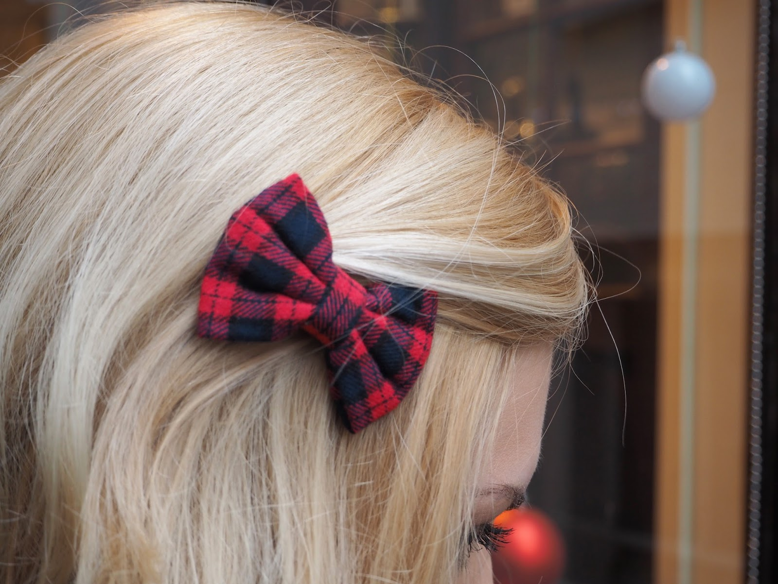 Outfit: Accessorize Red Plaid Hairbow | Katie Kirk Loves