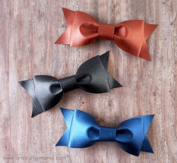 DIY Leather Bows at artsyfartsymama.com