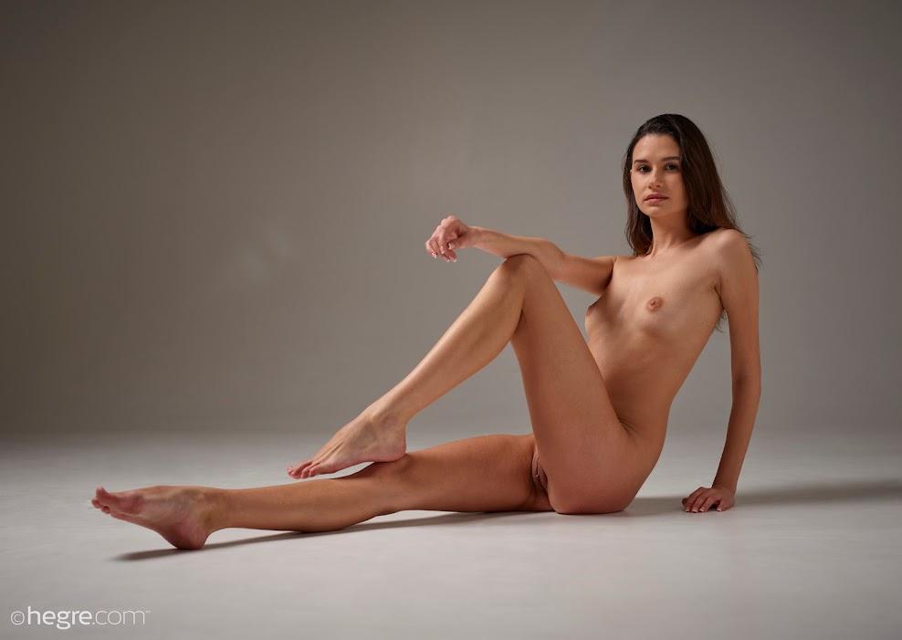 title2:Hegre Cristin Nude Shoot