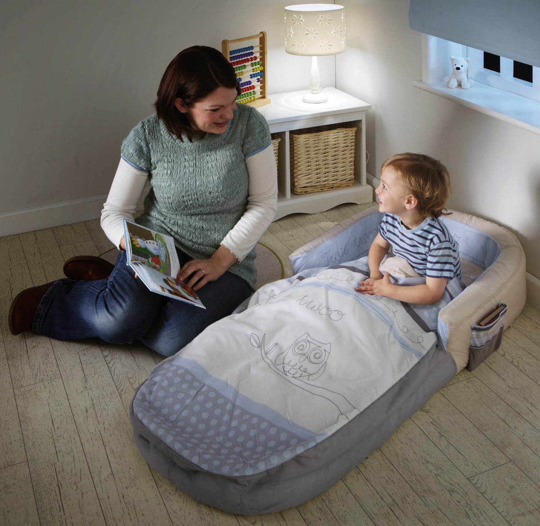 quel lit pour b b 2 ans meuble de salon contemporain. Black Bedroom Furniture Sets. Home Design Ideas