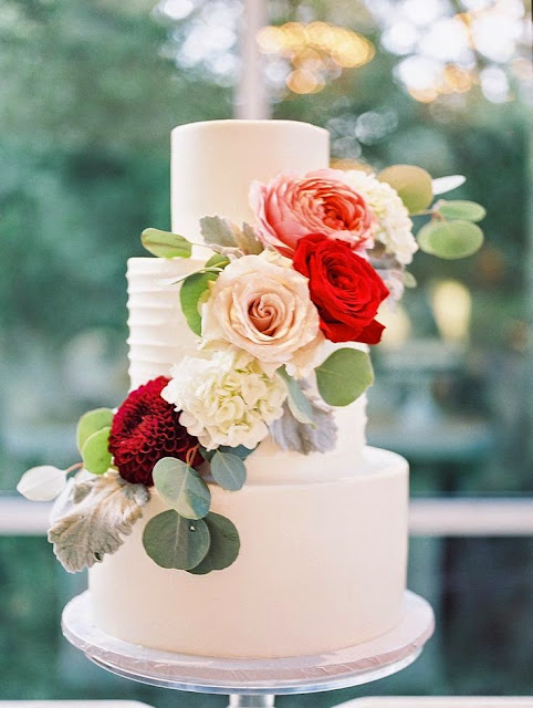 Beautiful Bridal Floral Wedding Cakes