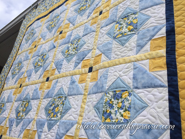 http://carrieontheprairie.blogspot.ca/2017/05/splendoriffic-spring-quilt.html?m=0
