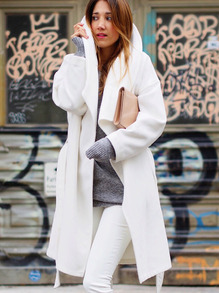 www.shein.com/White-Lapel-Pockets-Trench-Coat-p-237768-cat-1735.html?aff_id=2525