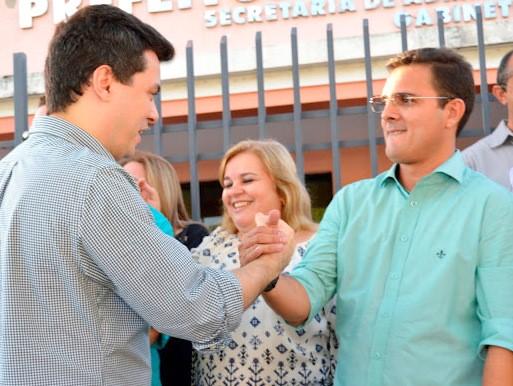 Resultado de imagem para prefeito de patu Rivelino e Walter Alves