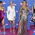 MTV VMAs 2018: Οι καλύτερες εμφανίσεις στο κόκκινο χαλί των βραβείων