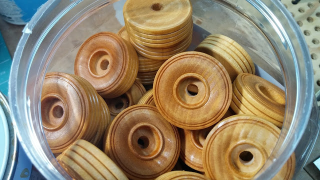 Wooden Toy Car Wheels TWT150 Shellaced and in the Jar